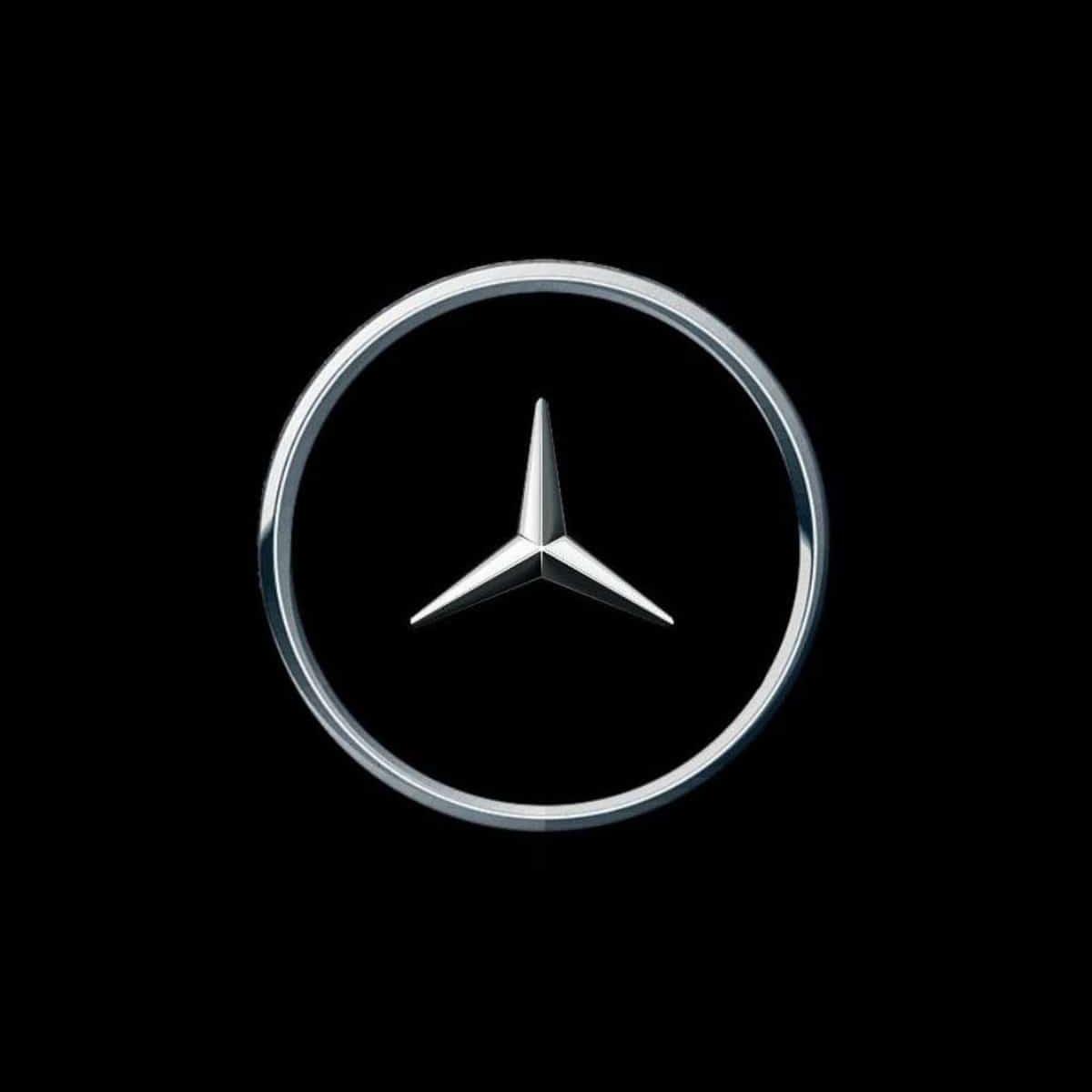 Le logo Mercedes re-designé pour le COVID-19
